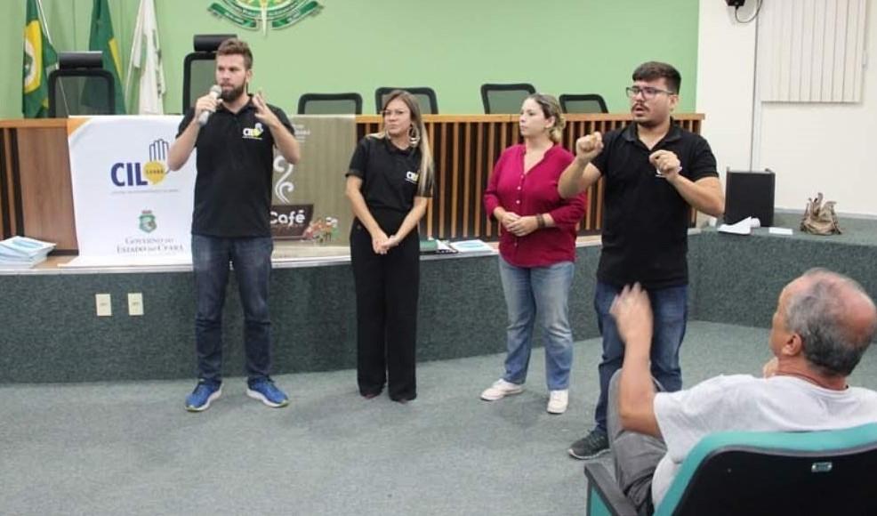 Acessibilidade: Intérpretes atendem e esclarecem dúvidas da comunidade surda na pandemia