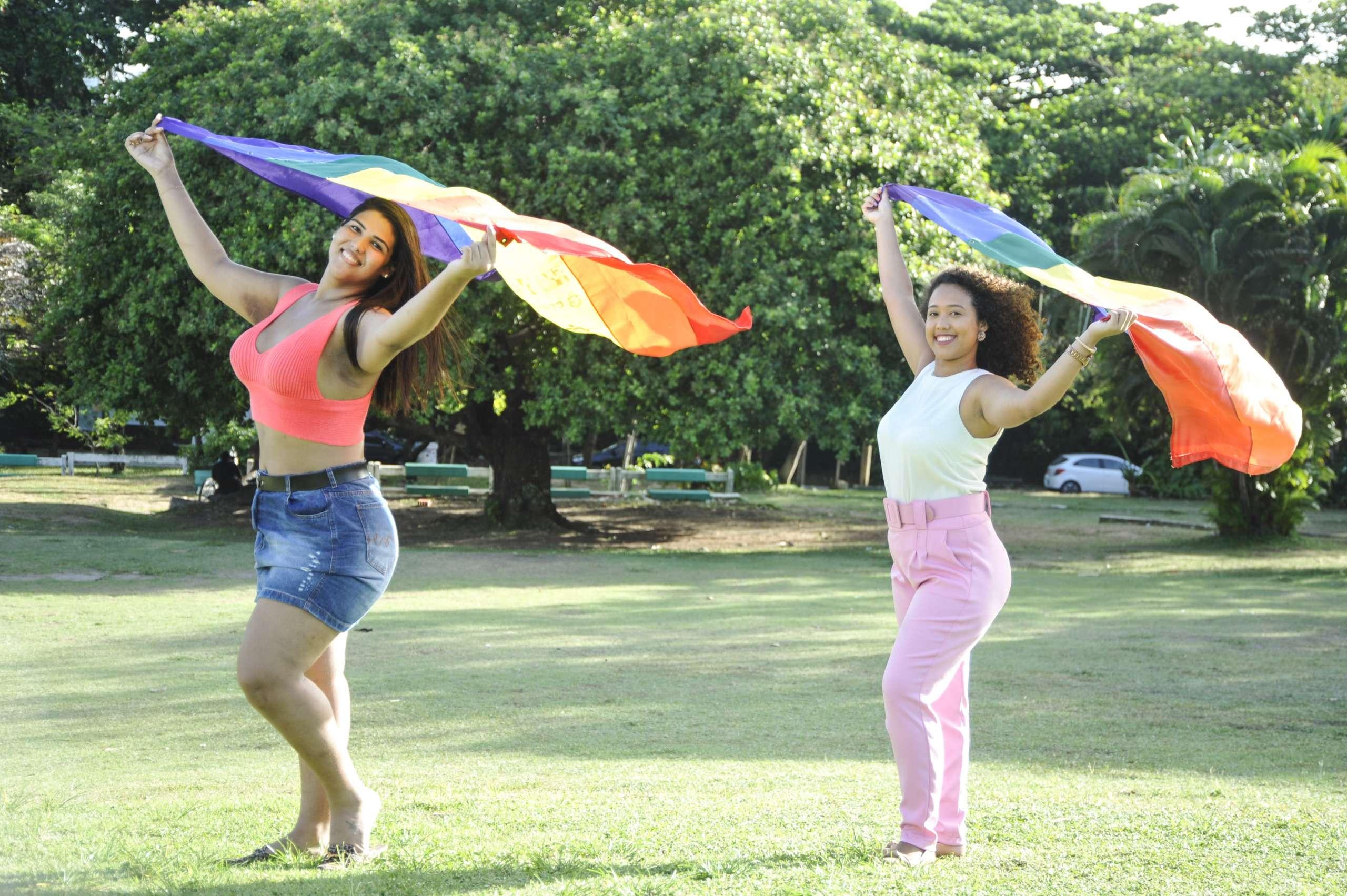 Outubro Rosa LGBT+: invisibilidade é barreira na prevenção
